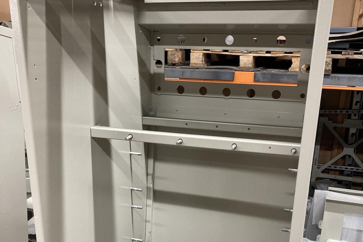 Semi assembled low voltage distribution cabinet